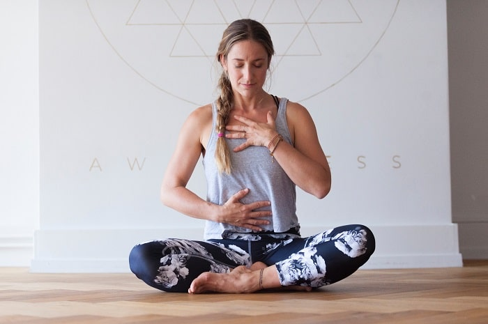 Comment débuter la méditation guidée chez soi facilement ?